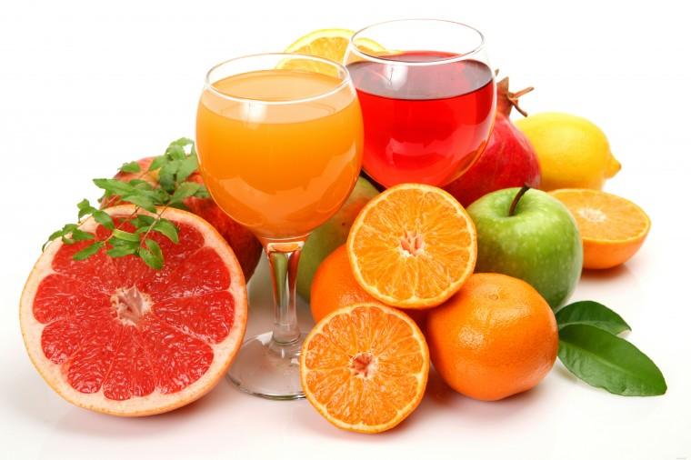 фрукты и сок, яркие фрукты, фрукты для настроения