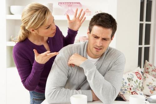 ссора в семье, муж и жена