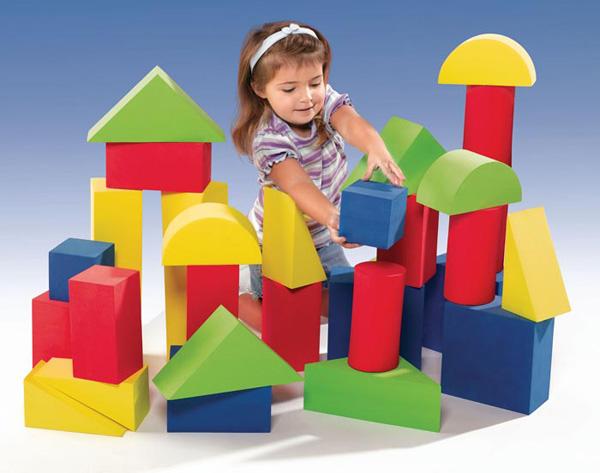ребенок и конструктор, конструктор для малышей