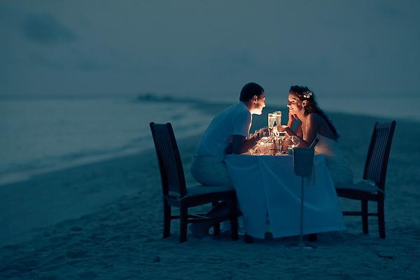 романтика на берегу моря, как провести незабываемый вечер вдвоем