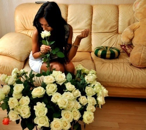 девушка и розы, букет цветов, как дарить