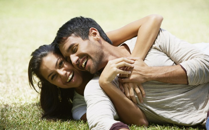 счастливые отношения, как построить, девушка и парень счастливы