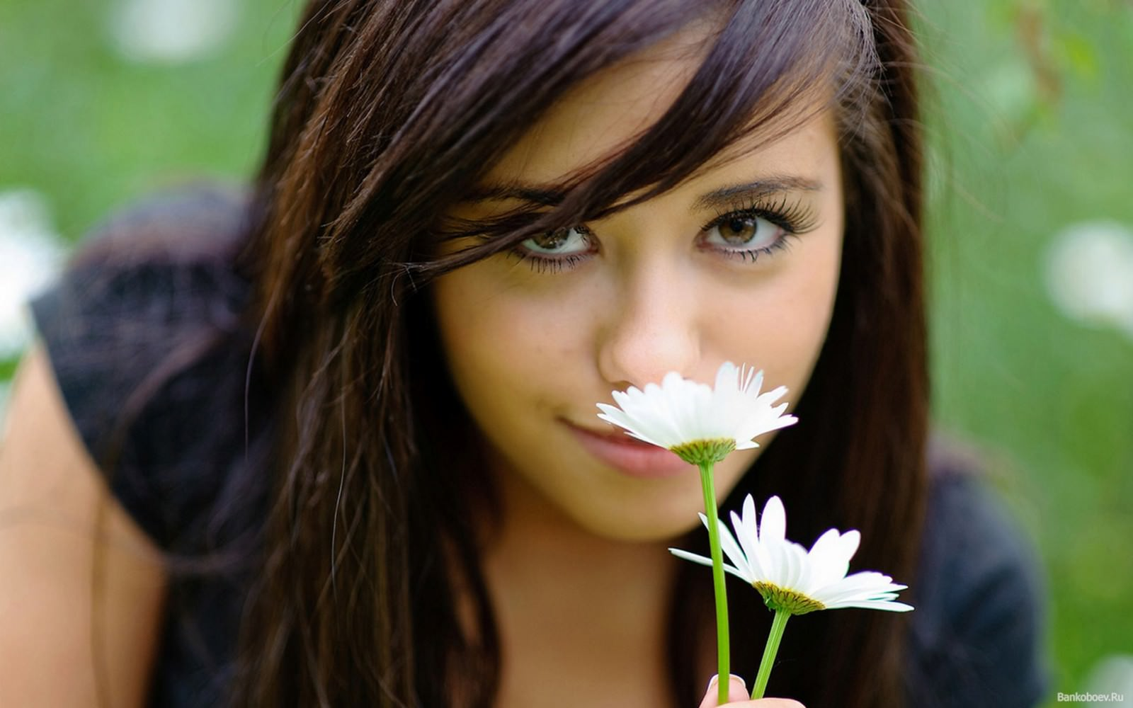 девушка богатого мужчины, какая она, милая, красивая девушка