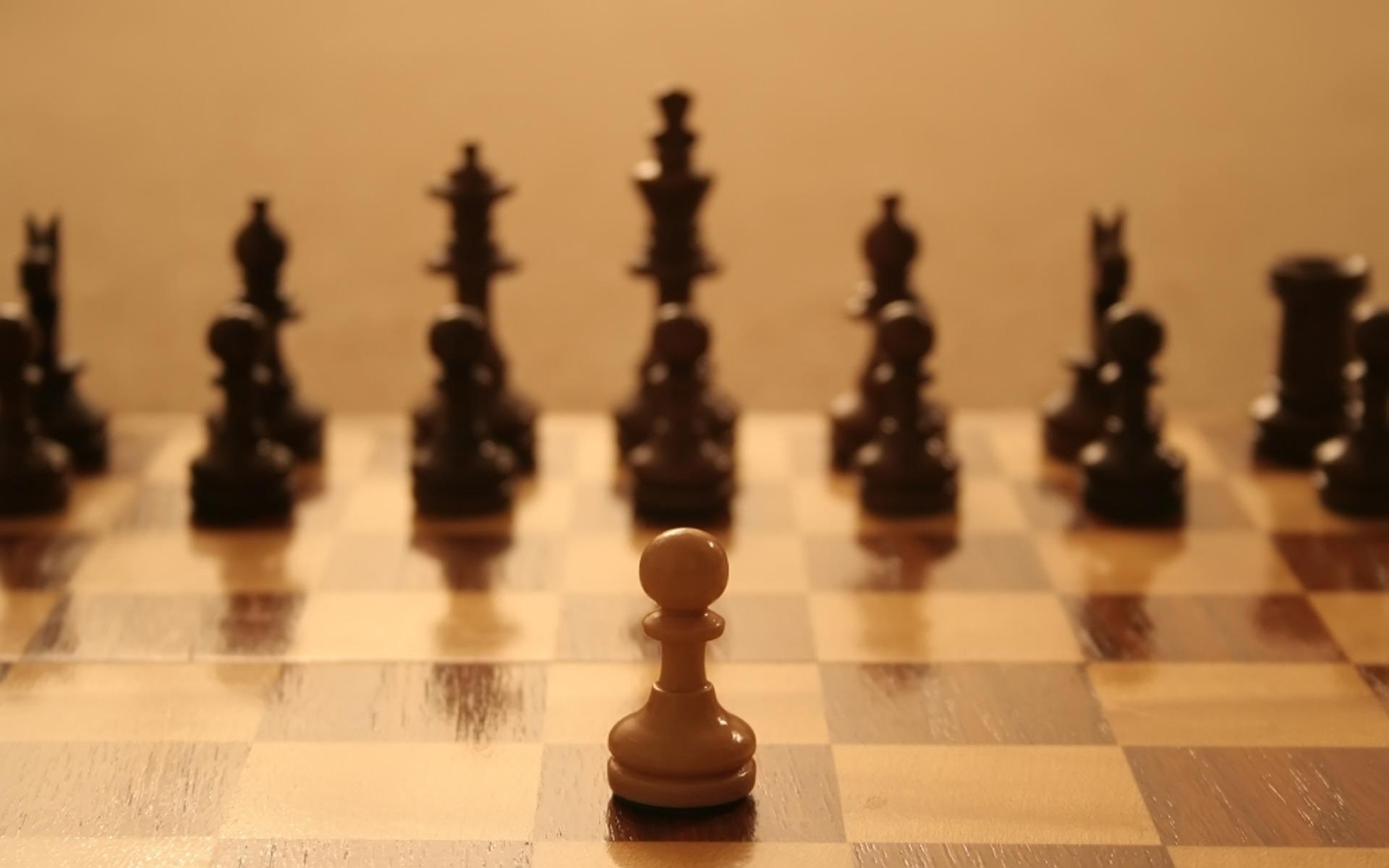 шахматы, один против всех, сопротивление давлению, как не поддаваться, остаться при своем