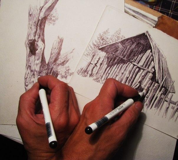 рисовать двумя руками одновременно